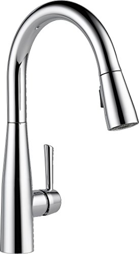 Delta Faucet Essa Single-Handle Kitchen Sink Faucet with Pull Down Sprayer and Magnetic Docking Spray Head, Chrome 9113-DST
